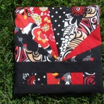 Quilt square zippered pouch
